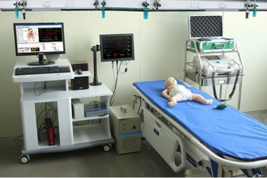 高智能数字化婴儿综合急救技能训练系统